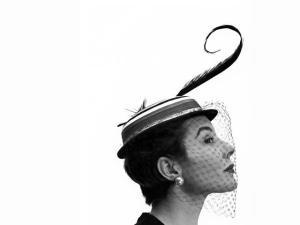 Modelo ícone dos anos 50, Bettina Graziani morre aos 90 anos