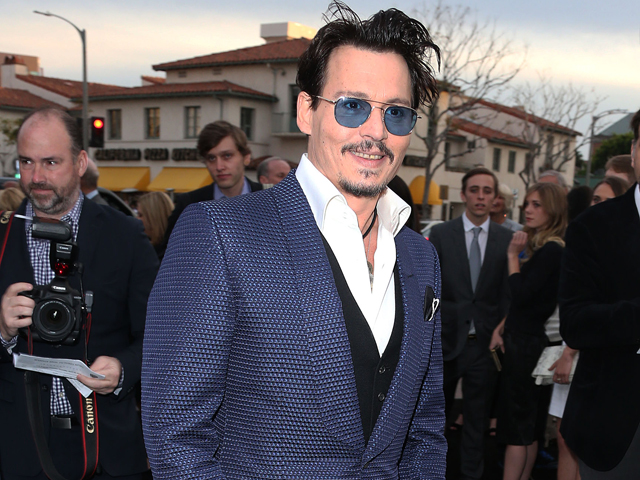 Johnny Depp se machucou na Austrália || Créditos: Getty Images