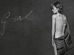 Desejo do Dia: Girl, a jaqueta Chanel que virou bolsa