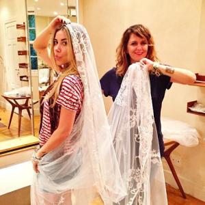 Prova dos 9: Mica Rocha entrega detalhes de seu vestido de noiva