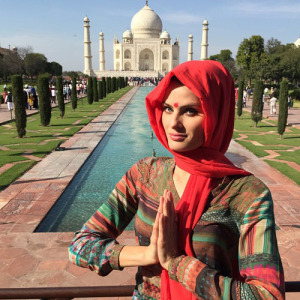 "Isabeli Fontana viaja para missão humanitária na Índia: ""Impressionada"""