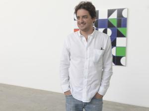 Carlos Jereissati Filho e sua casa de vidro são destaque em revista Italiana