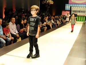 Cheios de estilo, glamuzinhos encerram 20º edição do Fashion Weekend Kids
