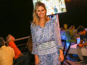 Didi Wagner comemora estreia de seu programa no Vidigal