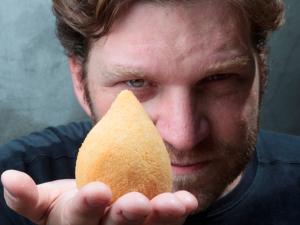 Pátio Higienópolis prepara tarde gourmet com comidinhas de rua