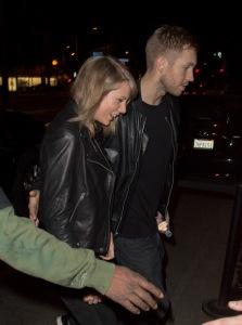 """Taylor Swift e Calvin Harris são flagrados no maior clima """"in love"""""""