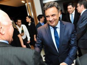 PSDB nacional, comandado por Aécio Neves, deixa o PSDB-SP na pindaíba