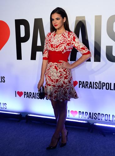 Bruna Marquezine e seu vestido Dolce || Ccréditos: AgNews