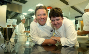 Roberta Sudbrack e Claude Troisgros cozinham juntos no Rio