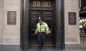 Investigação de roubo em Londres ganha roteiro à la Sherlock Holmes
