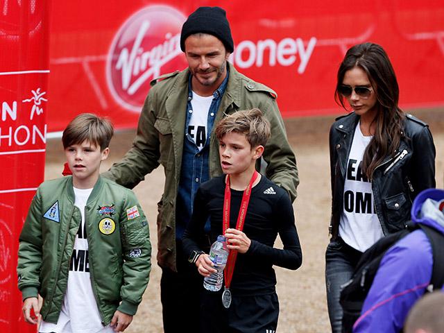 Família Beckham na maratona do pequeno Romeo || Créditos: Getty Images