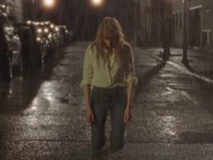 """Ouça a empolgante """"Ship To Wreck"""", nova música de Florence + The Machine"""