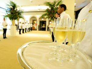 Loja de luxo da Ralph Lauren no Brasil tem 850 m² e bar interno
