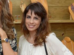 Maria Ribeiro: uma pedra no sutiã, outra na cabeceira, pra atrair amor