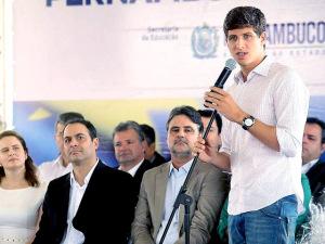 Filho de Eduardo Campos mostra disposição para se candidatar a vereador