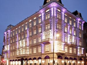 D&D Shopping leva turma boa para passeio em Viena