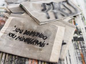"""""""Sou do mundo, sou Minas Gerais"""" leva arte de Rita Lessa para Milão"""