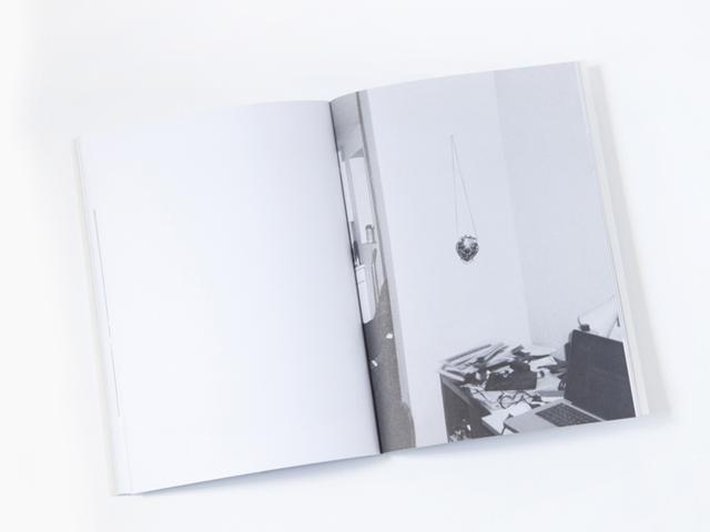 Pré -lançamento do livro Lovely de Verena Smit na SP Arte 2015 || Crédito: Divulgação
