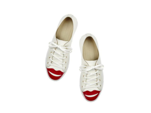 """Desejo do Dia: """"beija eu"""" com os sneakers da Charlotte Olympia"""