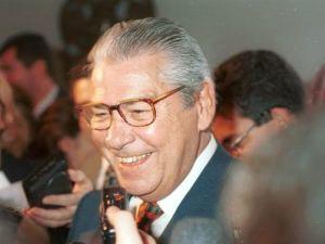Mais de 1200 itens sobre Mario Covas e o PSDB têm destino incerto