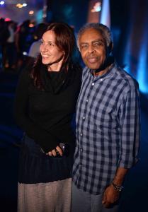 Deborah Secco e Gil no lançamento do Audi TT