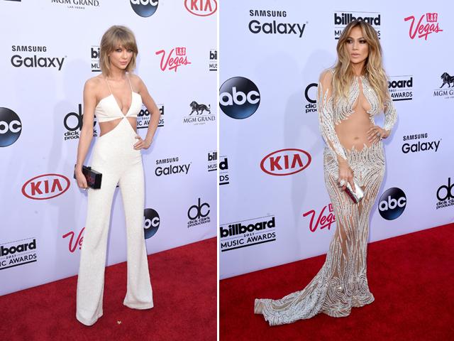 Taylor Swift e Jennifer Lopez no red carpet do Billboard      Créditos: Getty Images