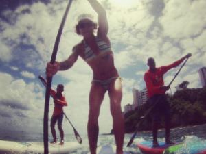 Barbara Brazil, ou Babi, é dica quente de stand up paddle em Salvador