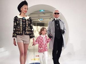 Chanel desfila coleção cruise em Seul com primeira fila estrelada