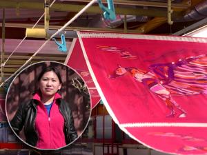 Hermès mostra o lado pessoal do processo de coloração de seus lenços