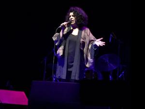 Glamurama recomenda! Gal cantando Lupicínio Rodrigues