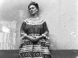 Objetos que pertenceram a Frida Kahlo vão a leilão em Londres