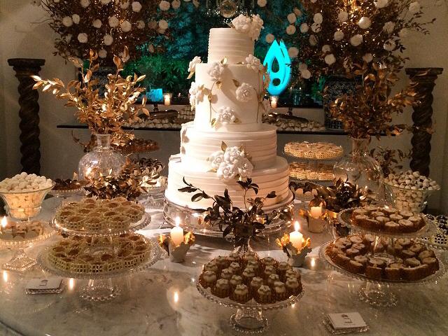 A mesa de doces por Ana Alaud || Créditos: Arquivo Pessoal