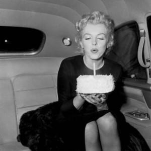 Marilyn Monroe ganha homenagens mil no Instagram