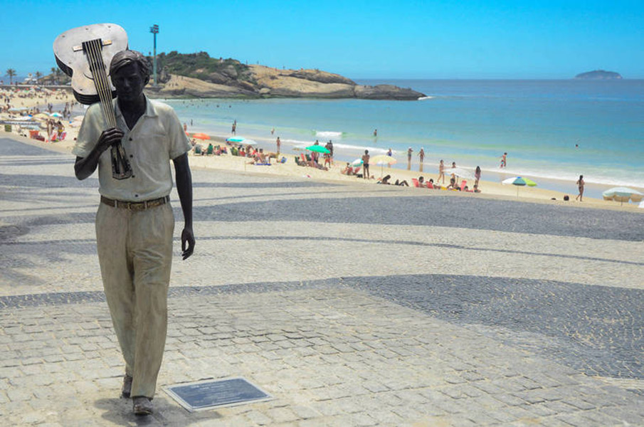 EST¡TUA/TOM JOBIM/RIO