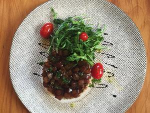 Manioca, Ritz e outros restaurantes do Iguatemi SP criam menus para namorados