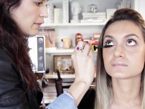 Vanessa Rozan e a maquiagem gloss para o inverno. Play!