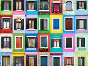 Fotógrafo mostra as diferenças do mundo com série sobre janelas