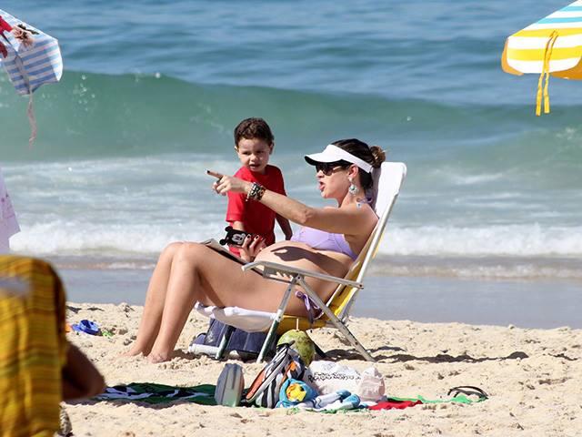Luana Piovani com o filho Dom e a criançada || Créditos: Reprodução / Instagram