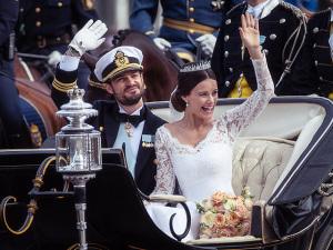 Príncipe da Suécia se casou com a polêmica Sofia Hellqvist
