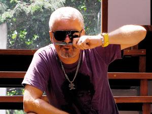 Mauro Freire entrega à J.P as apostas de cabelo para este inverno