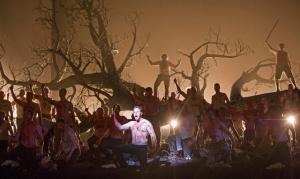 Plácido Domingo critica cena de estupro em montagem da Royal Opera House