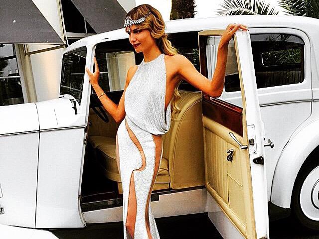 Natasha Poly a bordo de um Rolls-Royce na chegada de sua festa de 30 anos || Créditos: Reprodução Instagram
