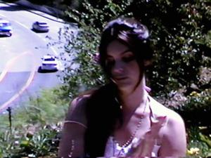 "Lana Del Rey lança a calma e melancólica ""Honeymoon"""