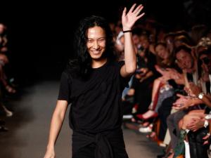 Em Paris, rumores dão conta que Alexander Wang deixará a Balenciaga