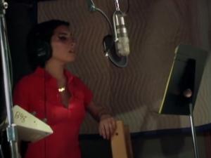 Amy Winehouse cantando a capela em documentário. Play!