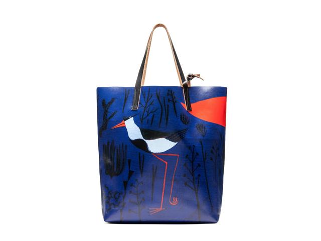 Shopping bag da Marni com estampa de Roger Mello || Créditos: Divulgação