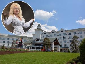 Quero mais! Dolly Parton inaugura resort nos Estados Unidos