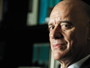 Arthur Guerra, especialista em dependentes químicos, fala sobre drogas