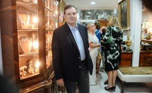 Trio de glamurettes lança joias e antiguidades no Jardim Paulistano