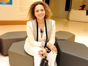 Beatriz Milhazes entrega detalhes de individual em Nova York